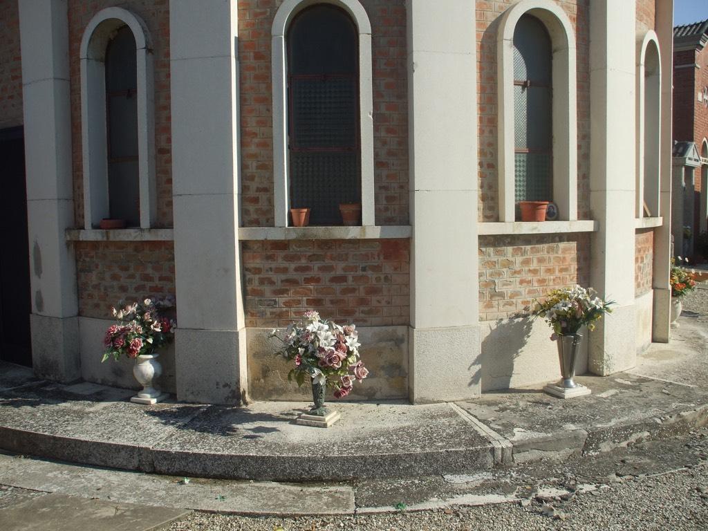 medelana-cimitero-1024px