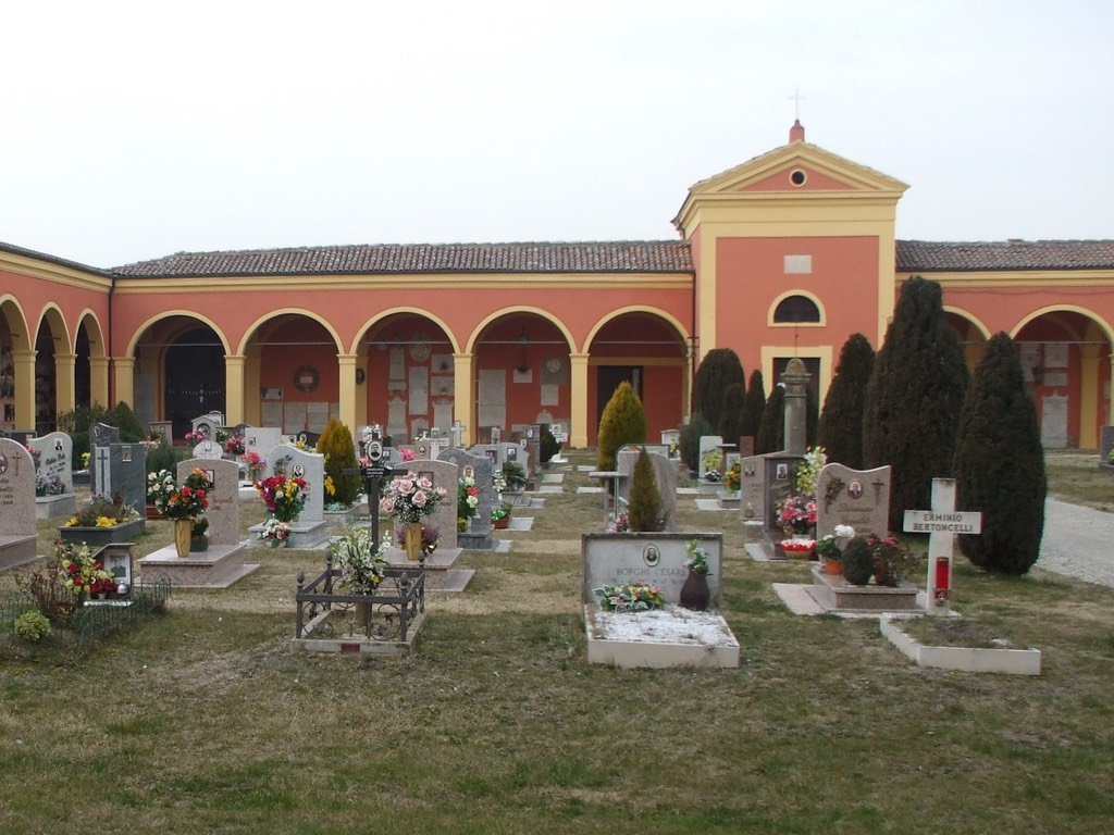 san_pietro_capofiume-cimitero-1024px