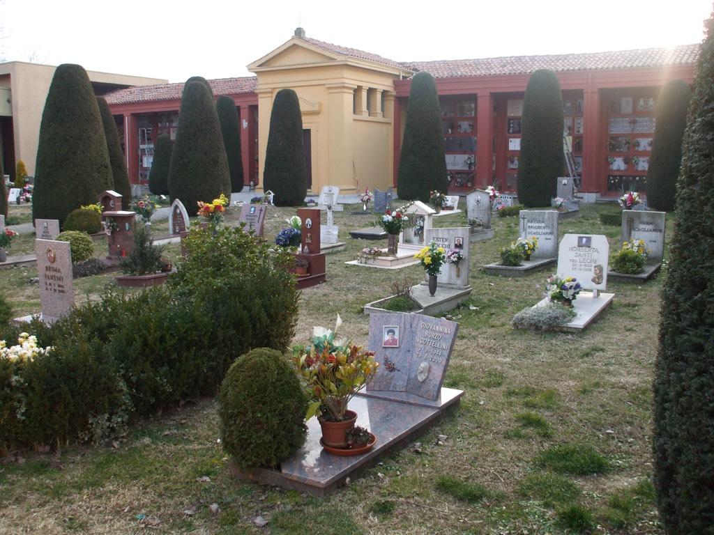 selva_malvezzi-cimitero-1024px